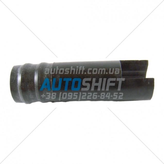 Трубка маслоподающая 2nd BRAKE АКПП R4A51 R5A51 V4A51 V5A51 (44mm) 97-up MR263067