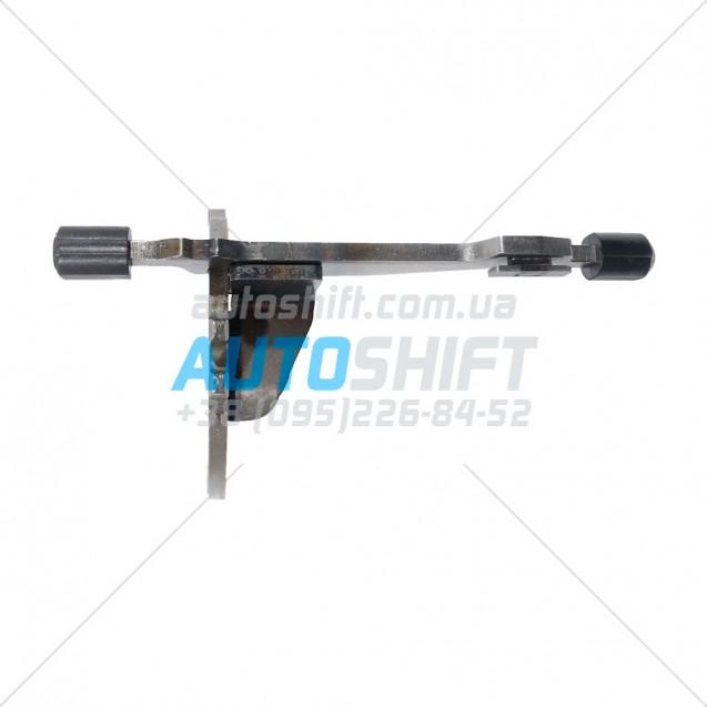 Вилка включения 2 и 4 передач АКПП DQ200 0AM 0AW (DSG 7) Б/У