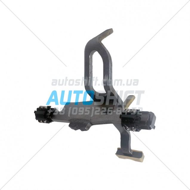 Вилка переключения передач №2 АКПП DQ250 (02E) Б/У 02E311562D