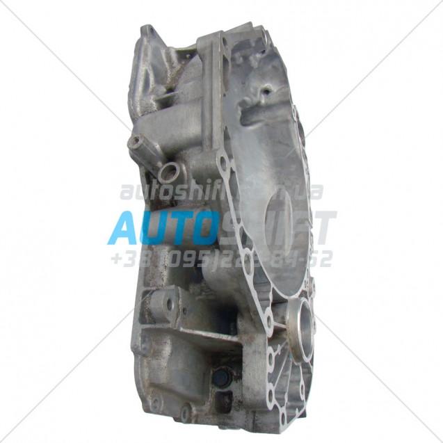 Передняя крышка корпуса АКПП 6T40 6T45 24243283